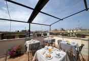 Splendida terrazza con vista all'hotel Corallo di Roma